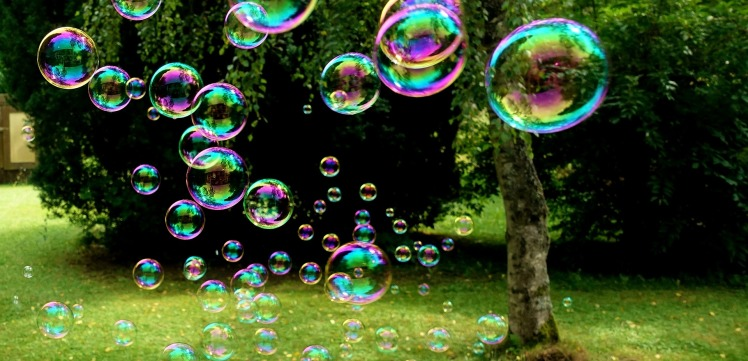soap-bubbles-3517247_1920